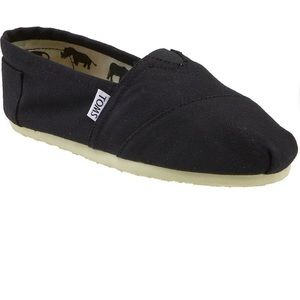 Toms Classic Canvas Slip-On - Black